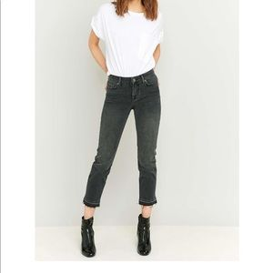 BDG Axyl Black Cropped Slim Straight Raw Hem Jeans